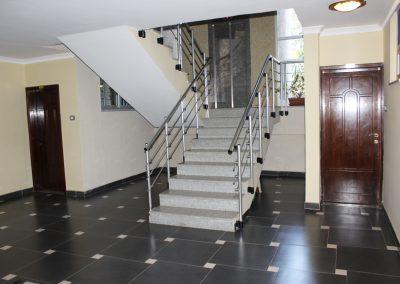 Floor lobby2